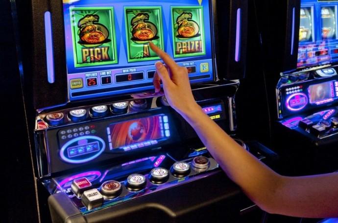 Играть онлайн бесплатно без регистрации и смс игровые автоматы макака онлайн казино freeroll холдем
