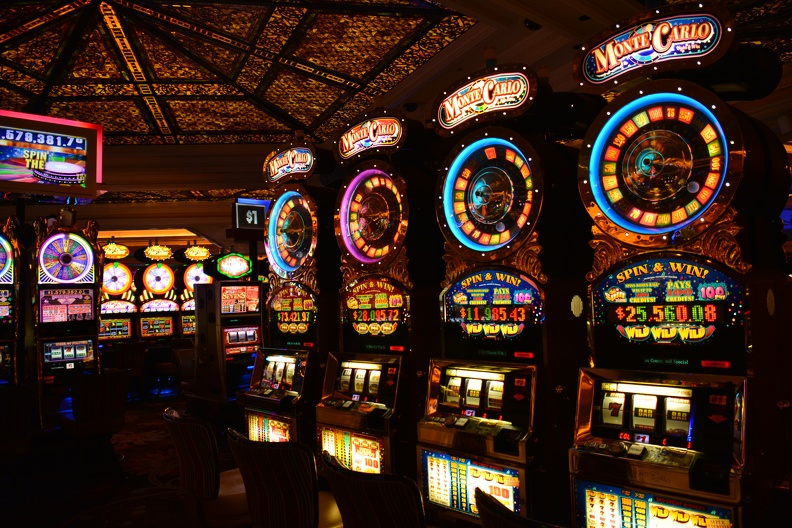 Играть в слот автоматы на деньги без первоначального взноса игры веселая ферма русская рулетка играть онлайн